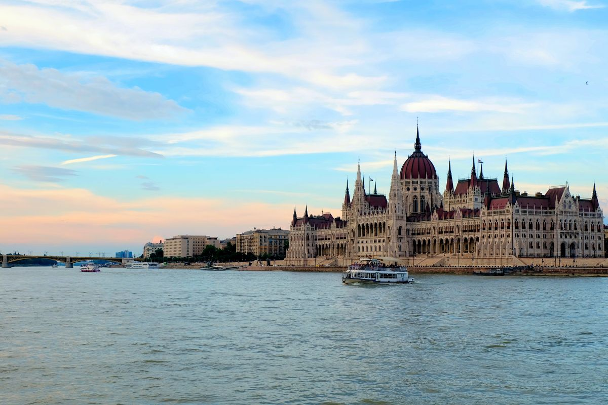 Our day in Budapest started with a quick stop at the Citadel to see the panoramic views of the city. It was then followed by gastronomic adventures at the Great Market Hall. Afterwards, our Hungar…