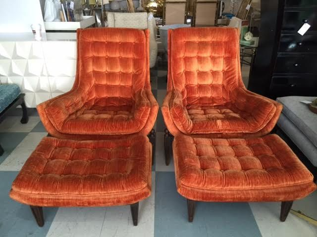 Wondrous Pair Mid Century Modern Tufted Lounge Chairs And Ottomans By Uwap Interior Chair Design Uwaporg