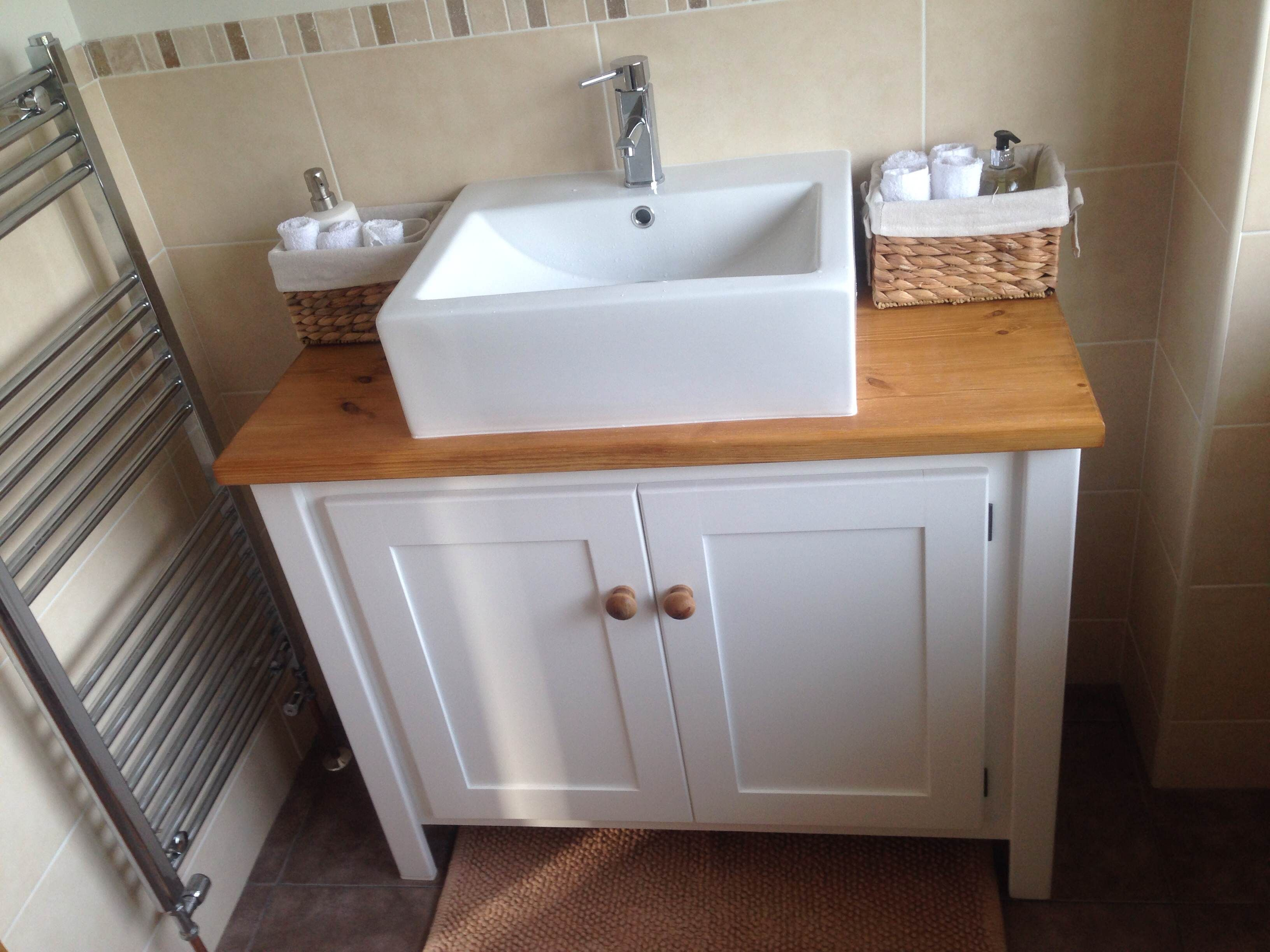 Solid White Vanity Unit With Traditional Top This Is Made From Natural Pine