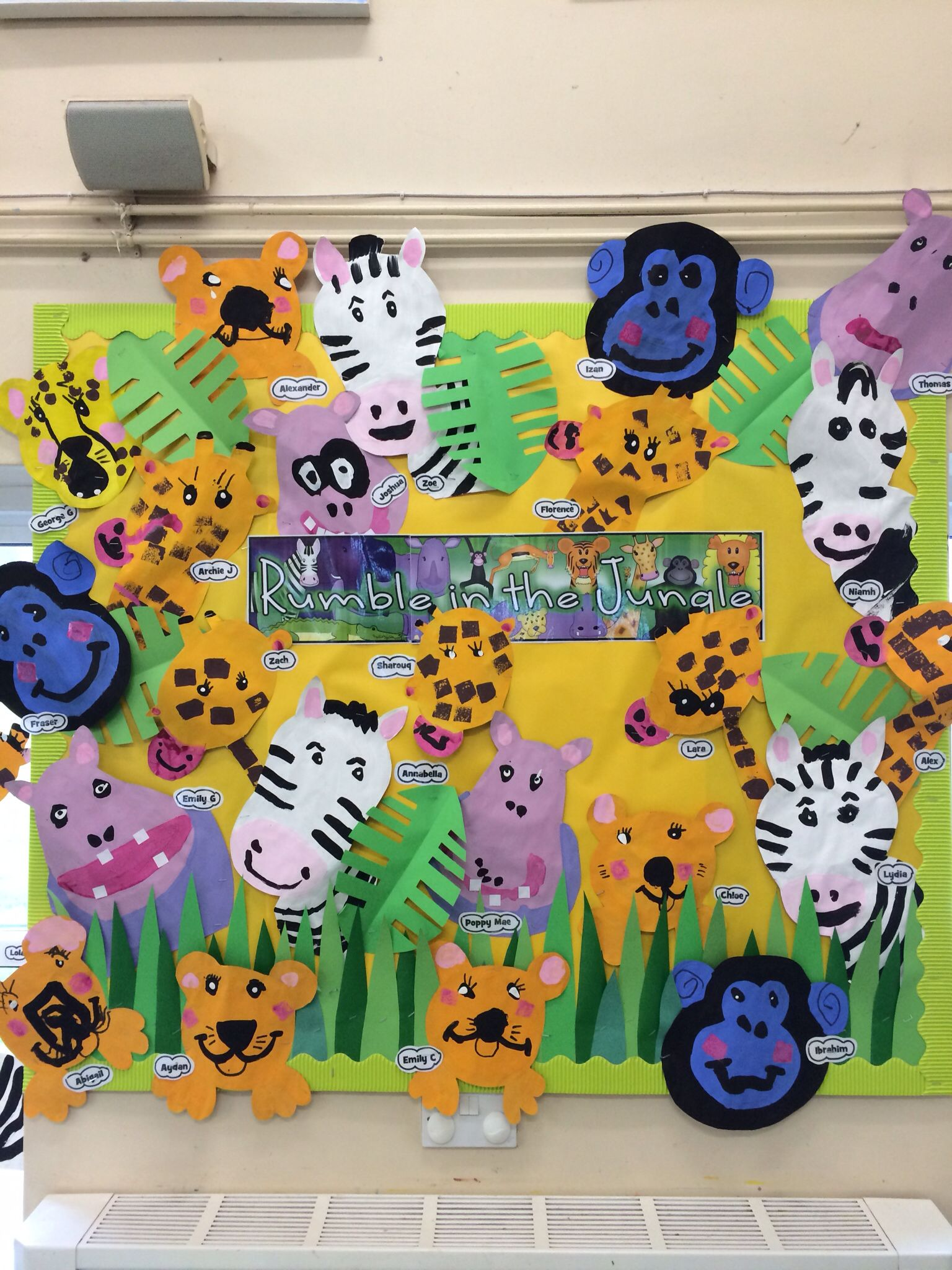 Giraffe And Gorilla Rumble In The Jungle Preschool Hall Work