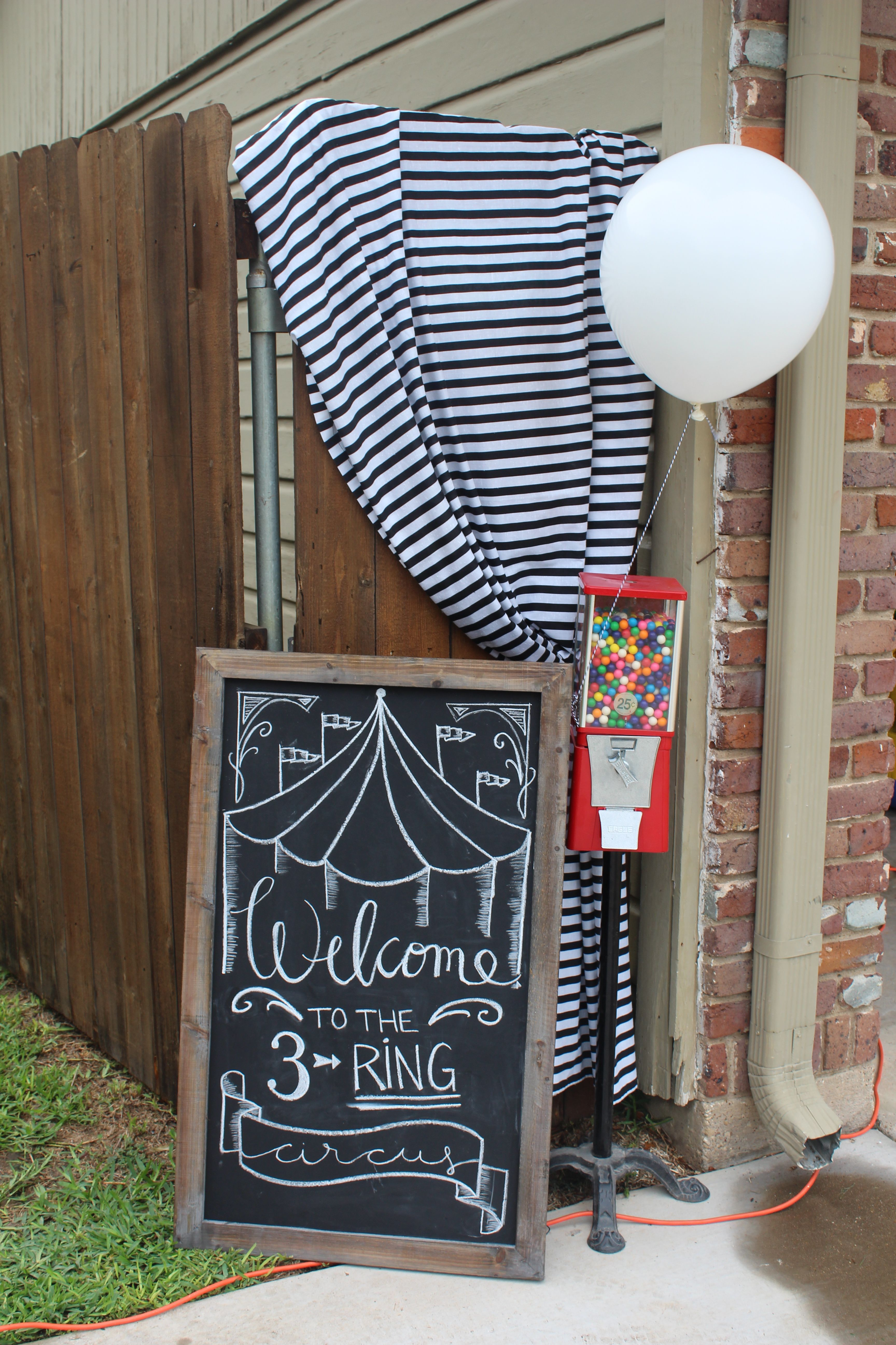 Use Chalkboards Even Make Some With Wood And Paint With
