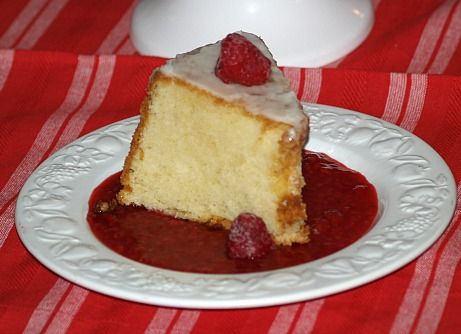 Learn how to make easy cake recipes This Lemon Pound Cake is a