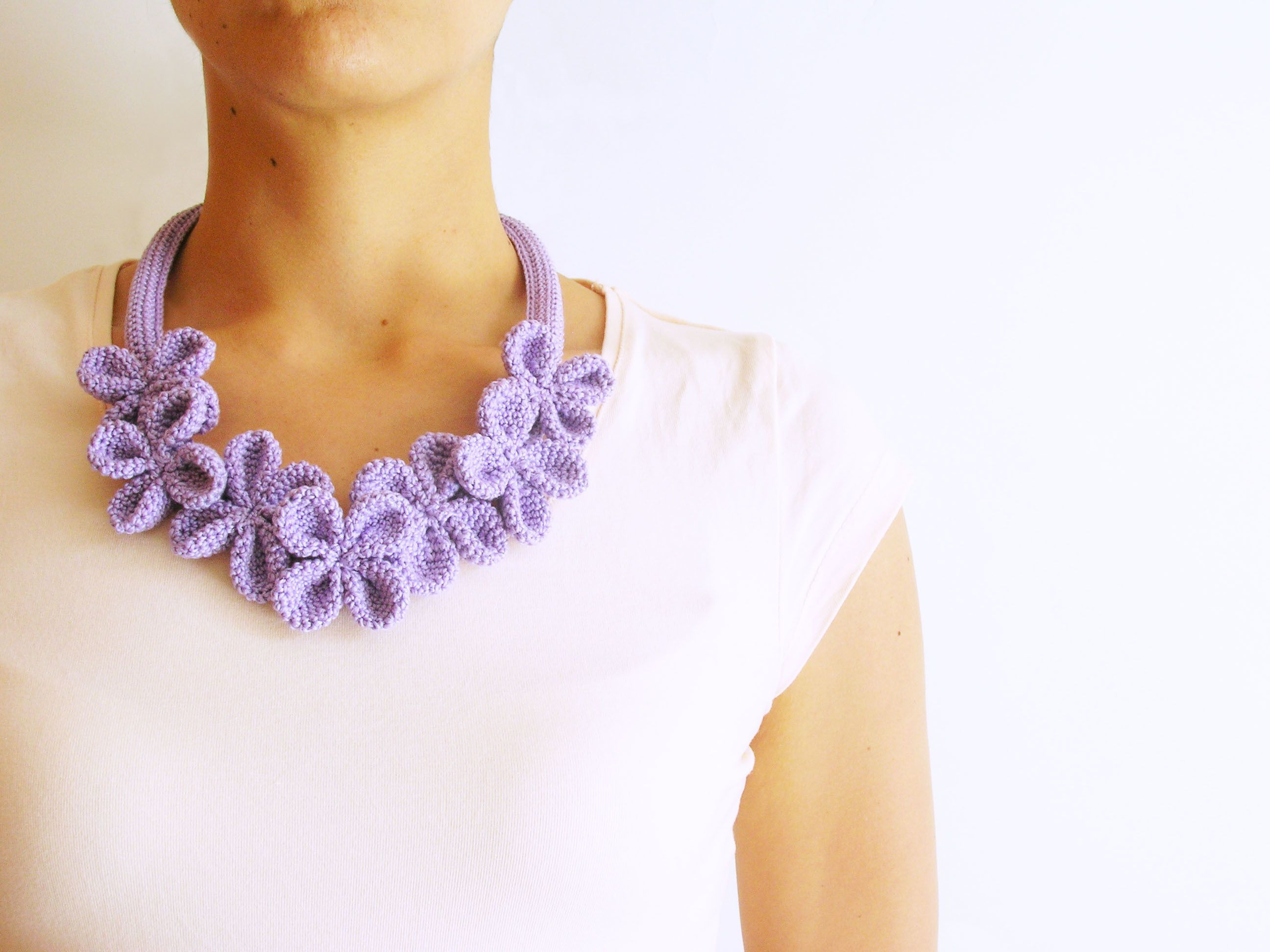 Flower Necklace #3 | Beautiful, Crochet flowers and How to knit