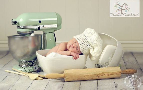 Newborn Chef Hat   Newborn photography prop by Thatscrocheted #boy #carte naissance #Chef #Crochet #faire part naissance #Girl #hat #naissance bebe #naissance faire part #naissance felicitation #Newborn #newborn baby #newborn boy #newborn clothes #newborn girl #newborn tips #Photography #prop #white