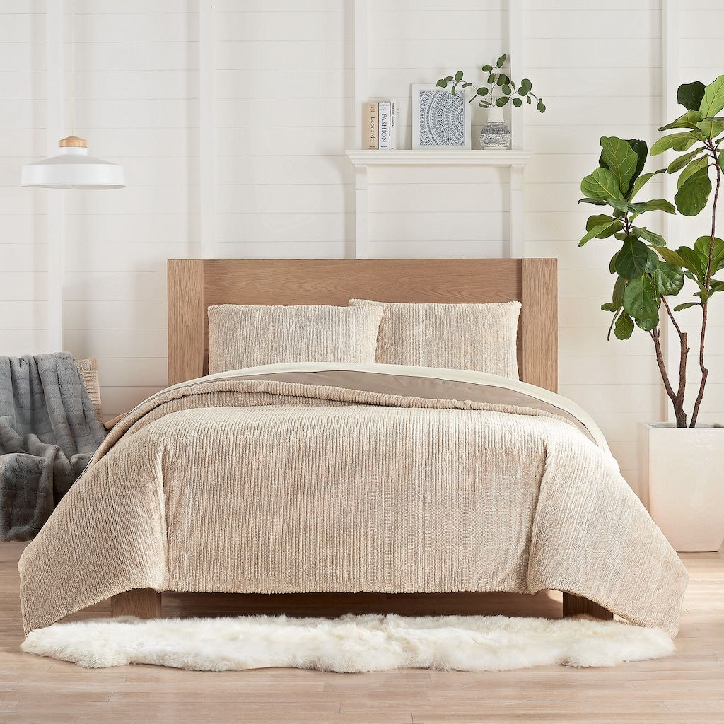 Koolaburra By Ugg Raquel Faux Fur Comforter Set With Shams In 2020 Fur Comforter Comforter Sets Comforters