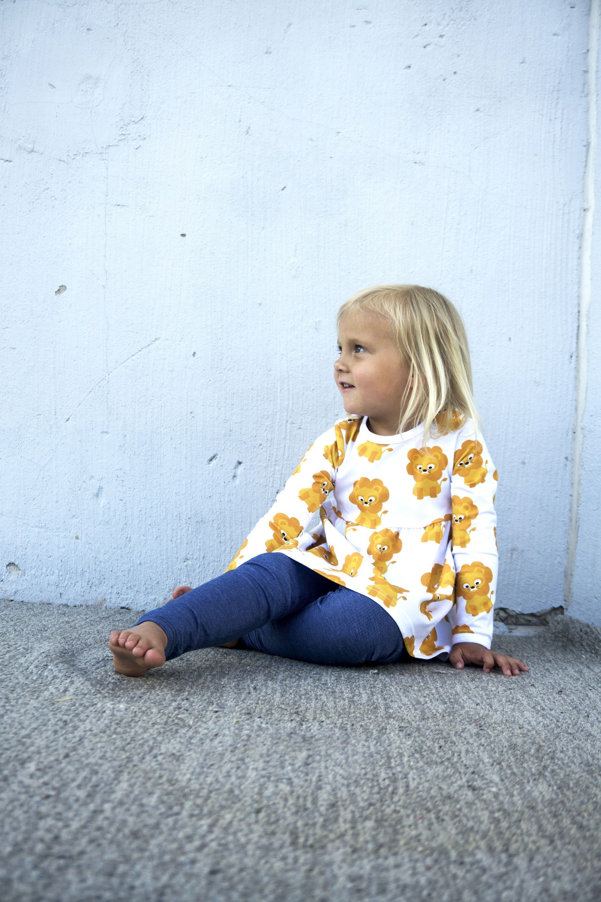 0a12c15a1 By Swedish designers JNY this tunic dress with a lion print will make a  great addition to your toddlers summer wardrobe. Made from organic cotton.  Cute baby ...