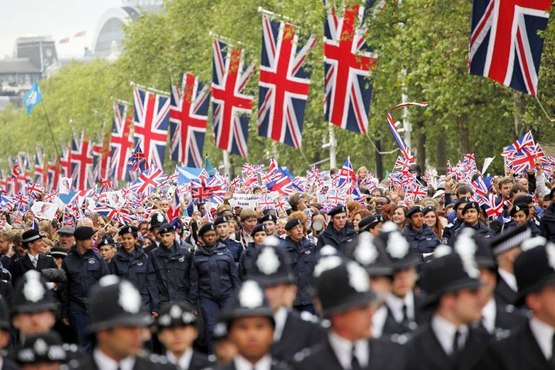 2nd - 5th June saw celebrations for Her Majesty the Queen's Diamond Jubilee. Up to 6,000 officers were working to keep the event safe