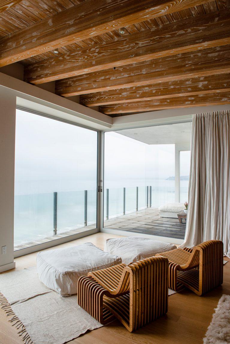 Photo of Inside a Fashion Entrepreneur's Breezy Malibu Beach House