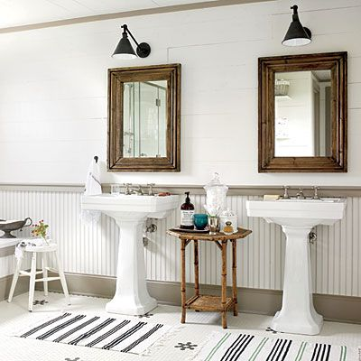 pure country christmas farmhouse   modern vintage bathroom