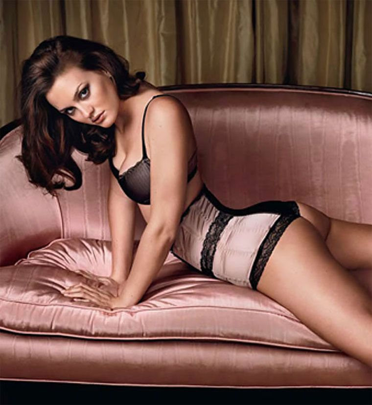 and Leighton sexy hot meester