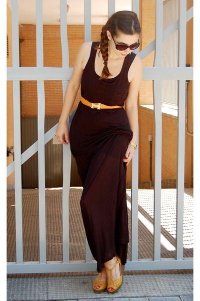 Black H M Dress Orange Hermes Belt Mustard Blanco Wedges