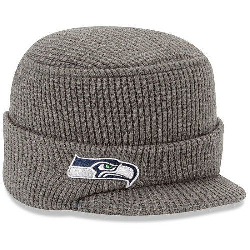 c2b07cc7530 Pin by Stephaine Brentson on SeaHawks Gear I d like