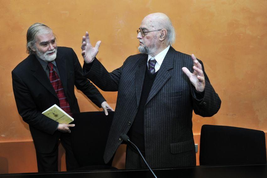 U 92 Godini Umro Slobodan Novak Suit Jacket Single Breasted Suit Jacket Fashion