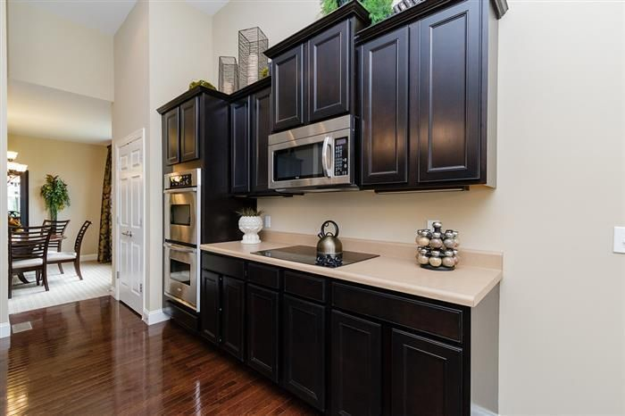 712 Magnolia Trails Lane New Homes In Saint Peters Mo Kitchen Inspirations Wood Floor Kitchen Home Builders