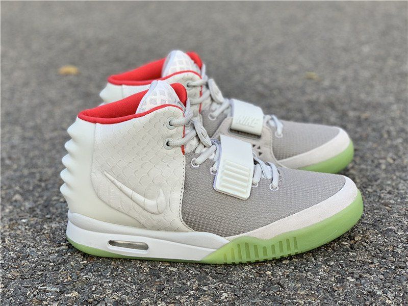 Restock Kanye West X Nike Air Yeezy 2 Pure Platinum Wolf Grey For Sale Air Yeezy Air Yeezy 2 Yeezy