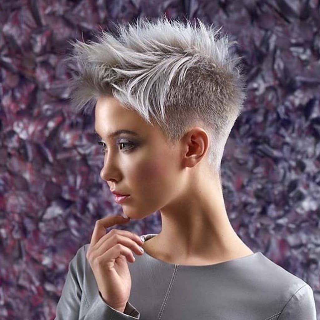 Latest Pixie Haircut For Women 2019 Hairstyle Trend Straight Hairstyles Short Hairstyle Pixie Haircut For Thick Hair Super Short Hair Haircut For Thick Hair
