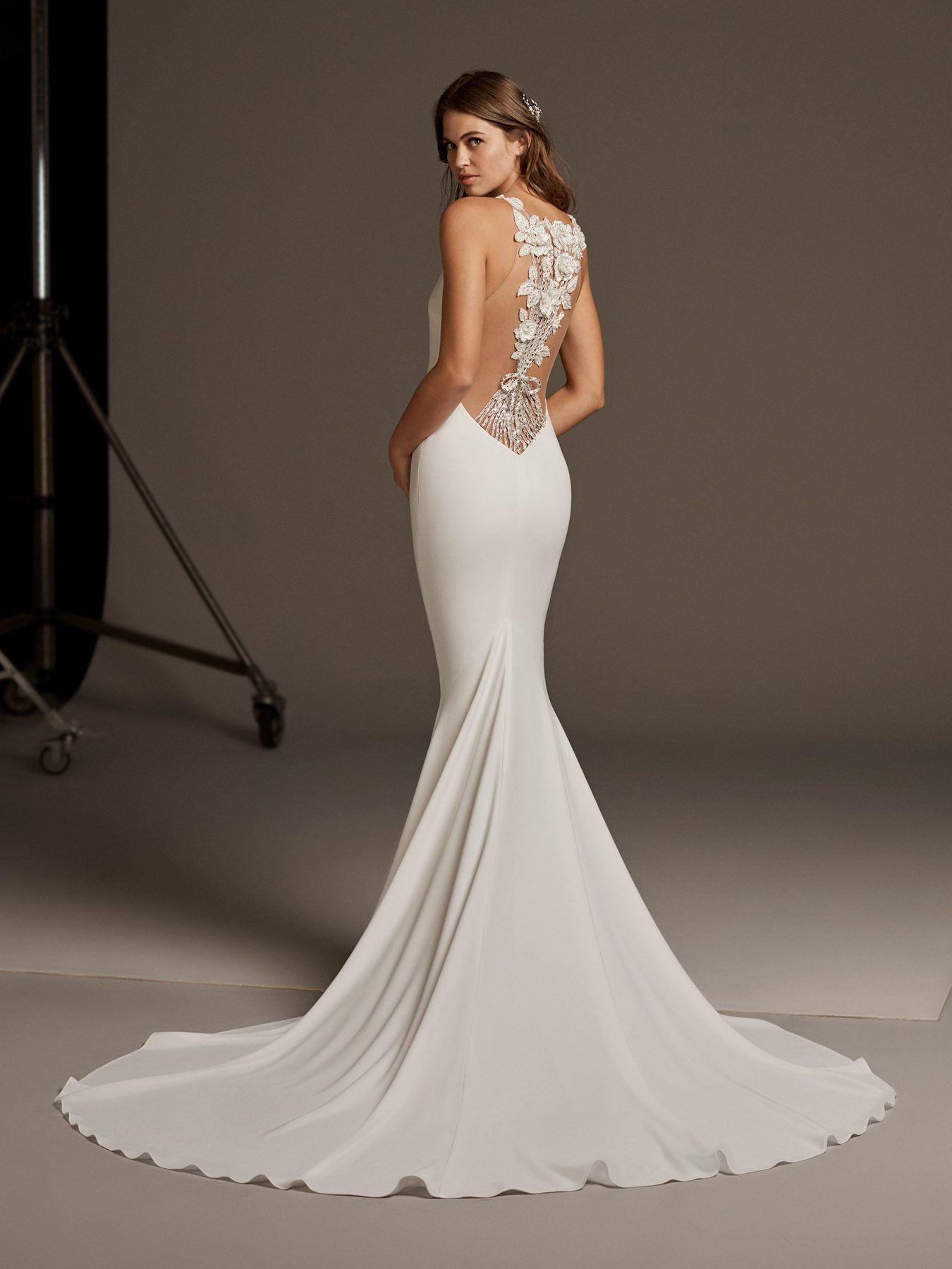Sleevless Simple Dress With Lace Illusion Back Kleinfeld Bridal Pronovias Wedding Dress Bridal Gowns Mermaid Wedding Dress [ 1800 x 1350 Pixel ]