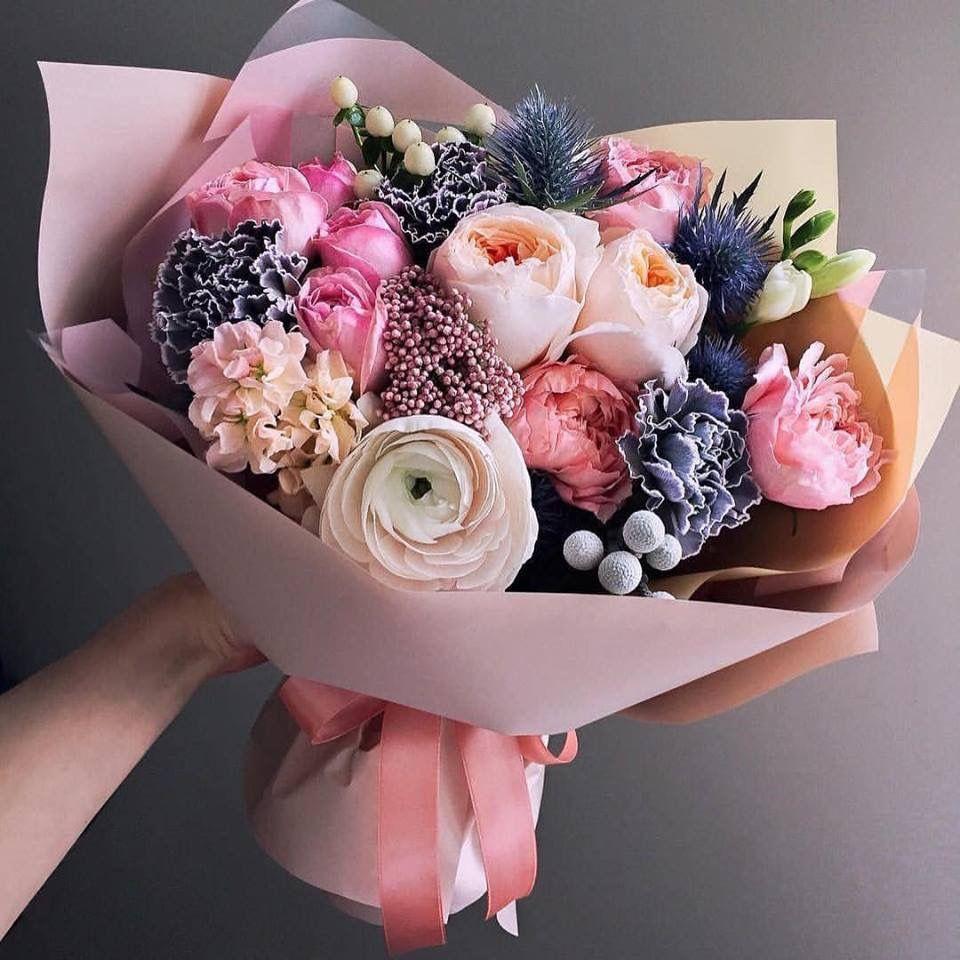 Pin Ot Polzovatelya Style World Inspir C Na Doske Thiết Kế Hoa Vaza Bez Cvetov Floristika Rozovye Cvety