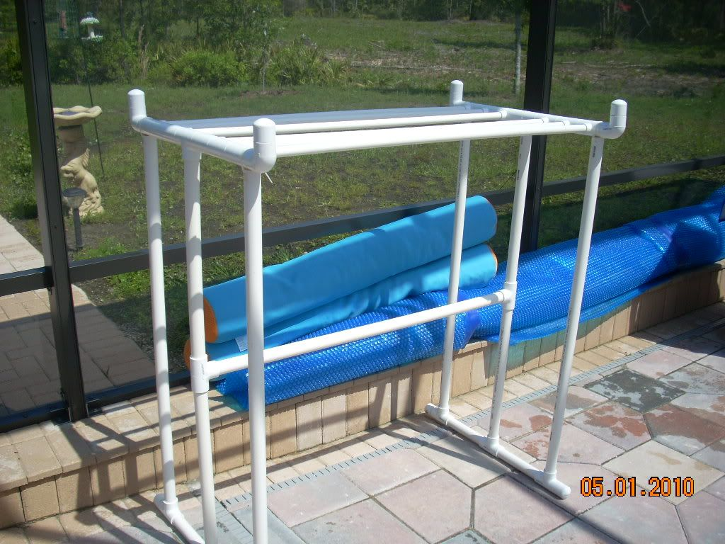 DIY PVC towel rack Pvc towel rack, Towel rack pool