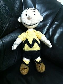 e058c6edb INSPIRED BY CHARLIE BROWN AND THE PEANUTS GANG – 7 FREE PATTERNS TO CROCHET