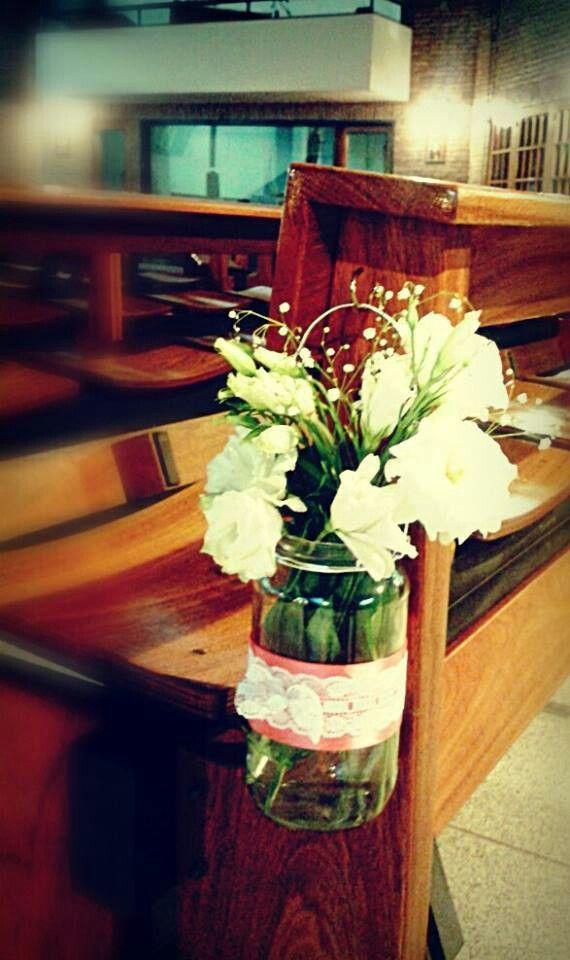 Decoración Bancos De Iglesia Decoracion De Iglesia Adornos Para Comunion Arreglos Florales Boda