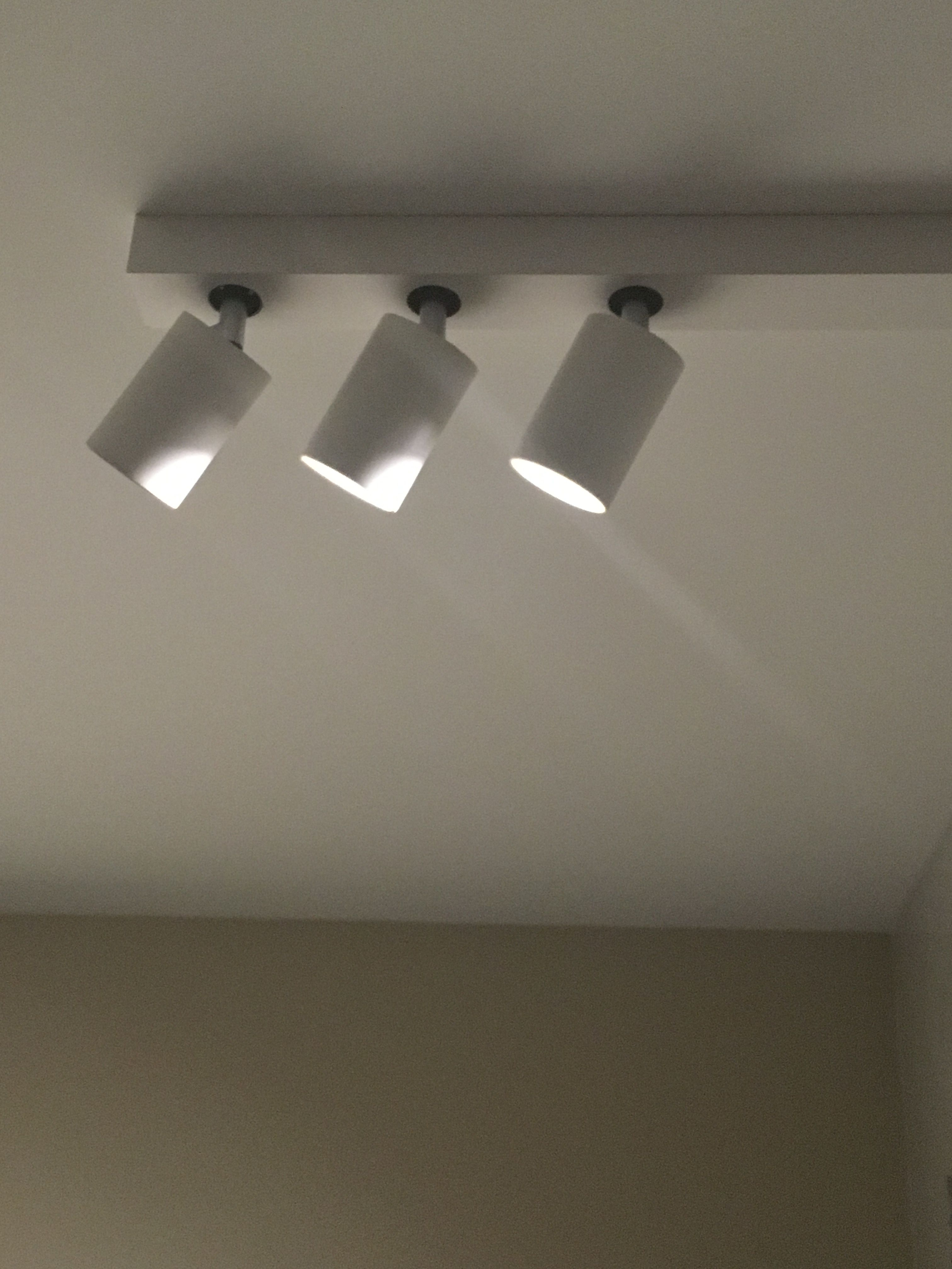 Bar Trio Led Surface Mounted Light Featuring Integral