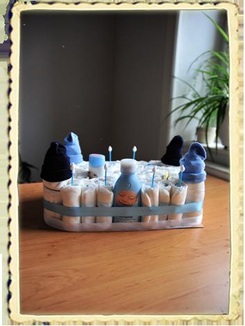 windelburg anleitung windeltorte geschenke zum baby. Black Bedroom Furniture Sets. Home Design Ideas