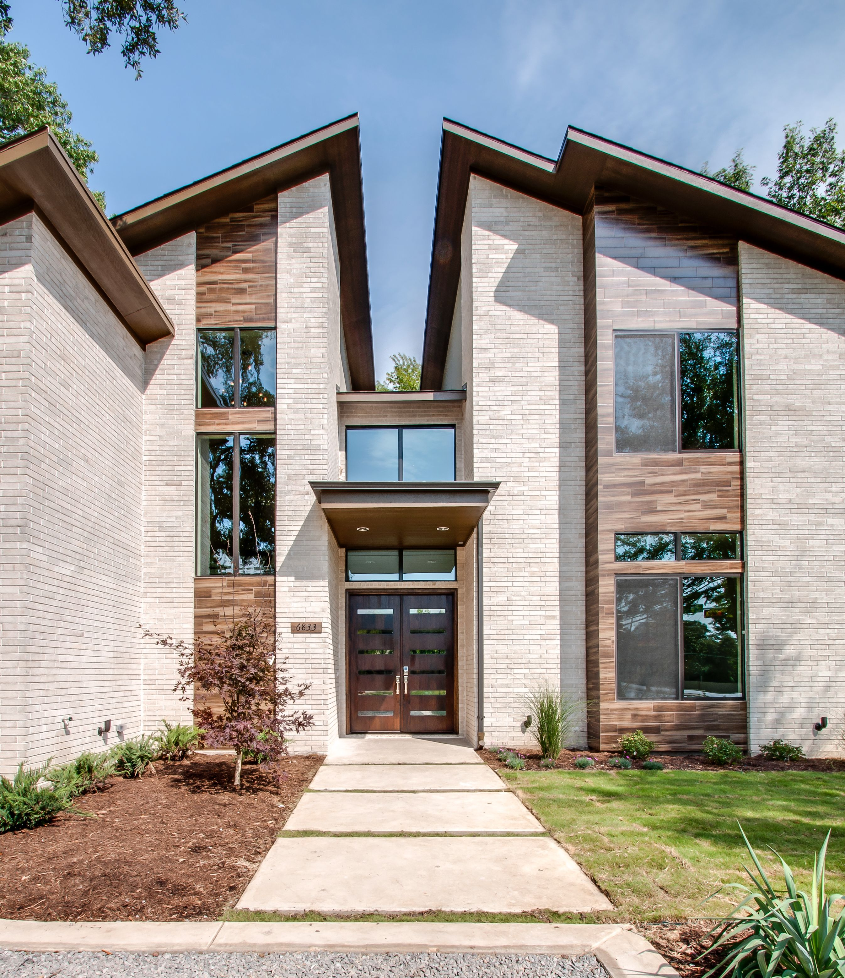 Contemporary Architecture House Modern Exterior Elevation: Front Elevation Modern Doors