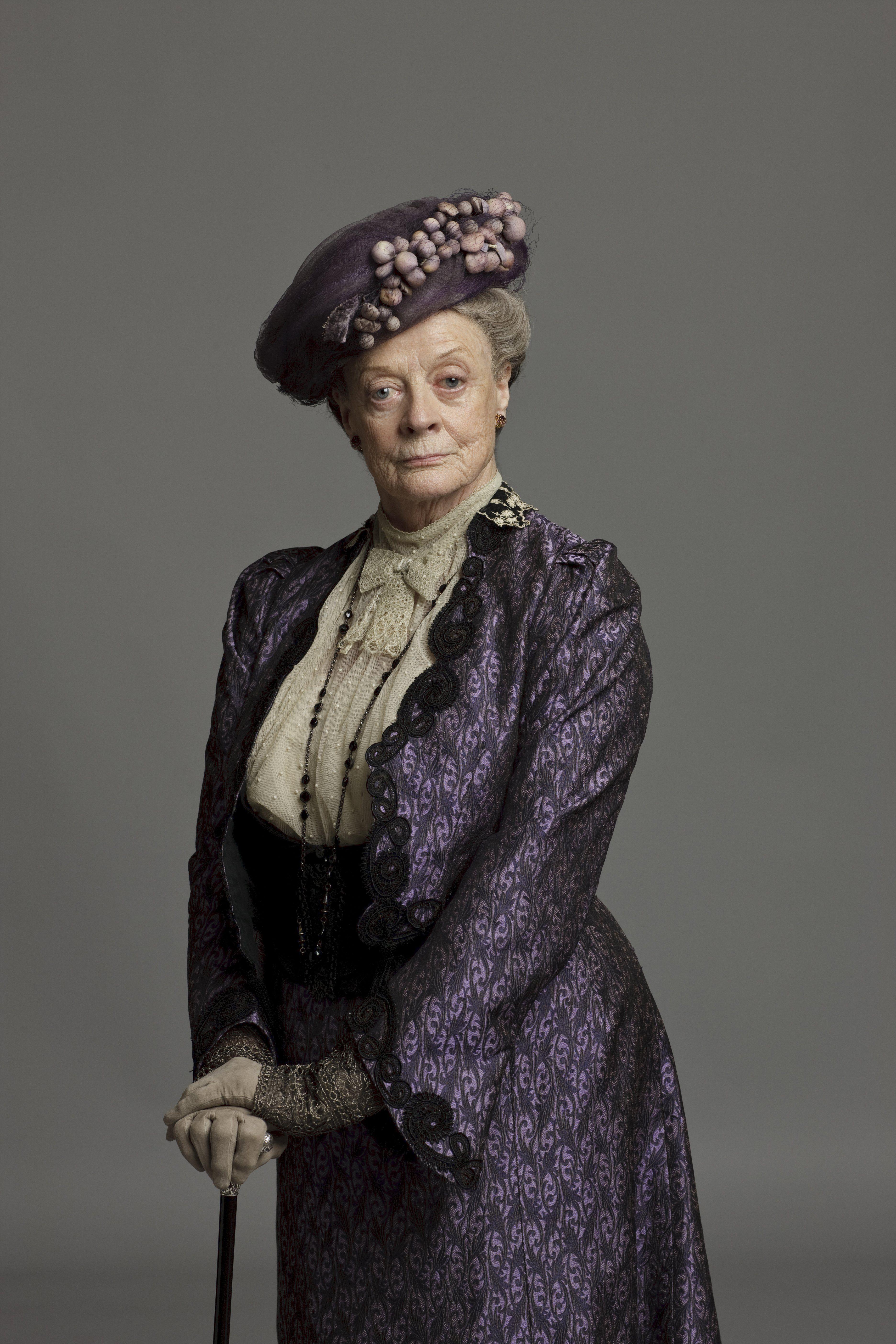 Downton Abbey - Countess Violet Crawley | Downton Abbey Series ...
