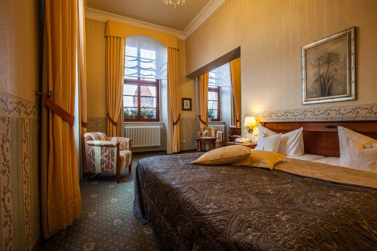 hotel schloss tangermünde  zimmer  schlafzimmer