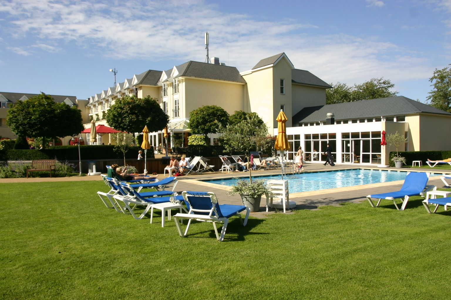 Hotel De Zeeuwse Stromen In Renesse Zeeland Hotel Hotels Vakantie