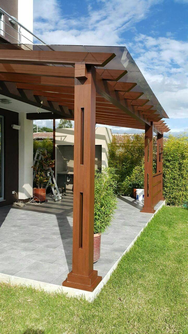 P rgola exterior en aluminio maderado y vidrio de 6mm for Crear una cubierta de madera