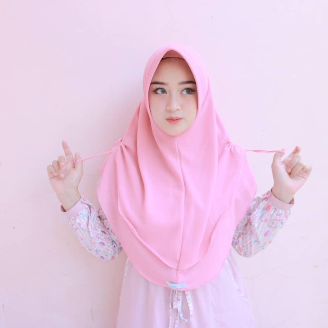 Rini anggiani di instagram hijab by @_nailahhijab_ 🌼 suka banget
