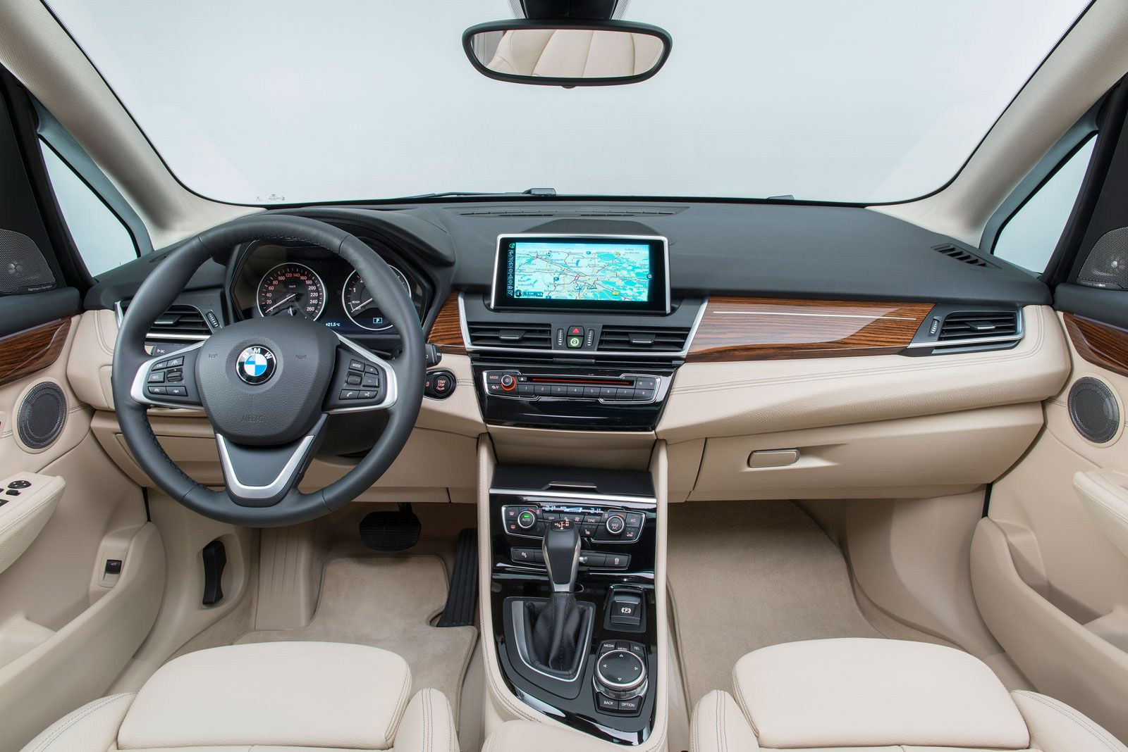 Bmw 2 Series Active Tourer Interior Car Body Design Tourer