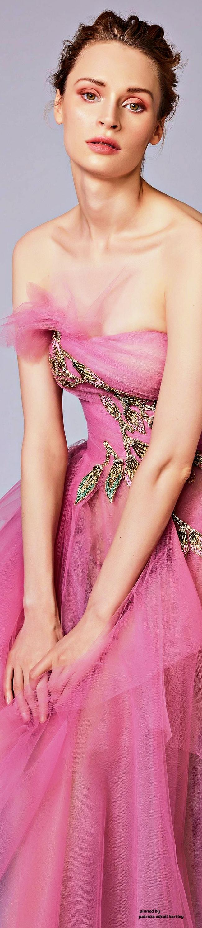 Reem Acra Resort 2018 | Valentine Gala | Pinterest