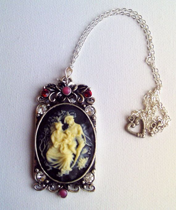 Sweethearts Cameo Necklace by Bluebirdsanddaisies on Etsy