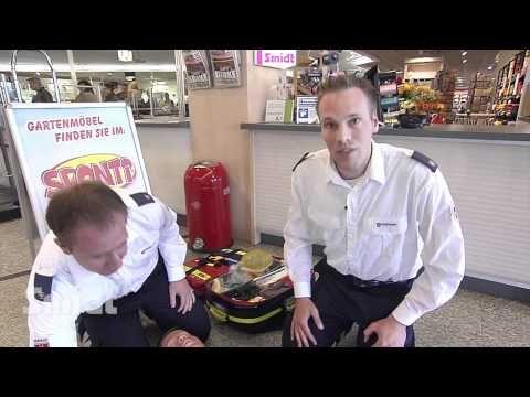 Erste Hilfe mit dem Defibrilator