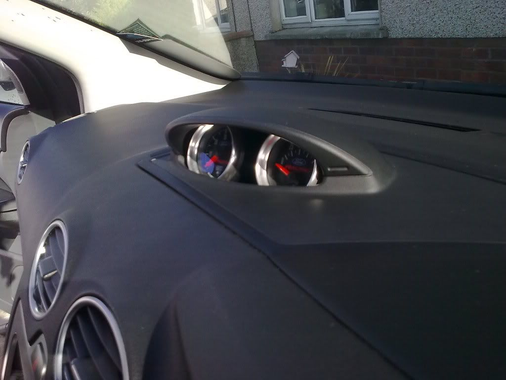 Guide fitting ford focus st pod to a 1 6tdci or non st focus 2005