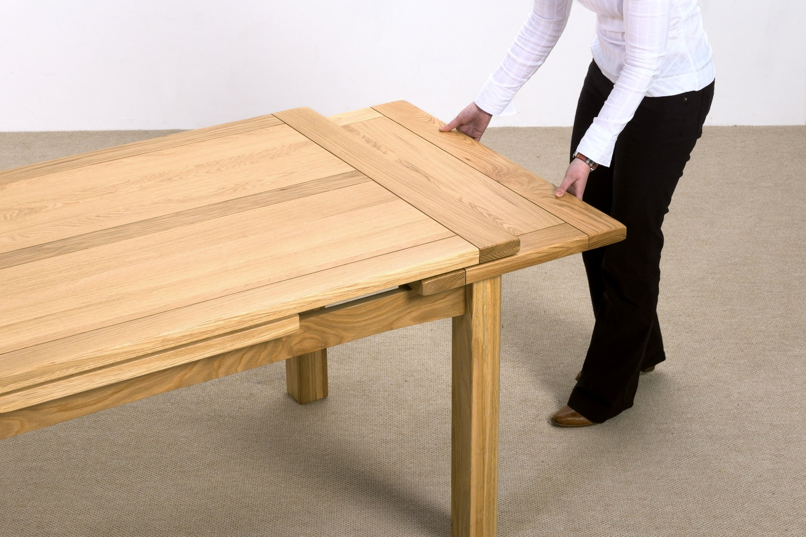 Copenhagen Extending Dining Table Extension Mechanism