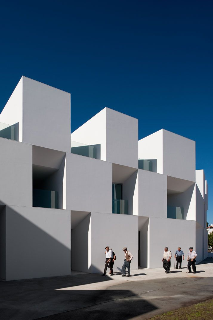 Old one architecture nursing home for the elderly for Case architettura moderna