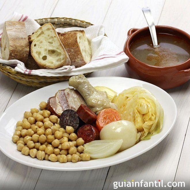 Cocido madrileño al estilo tradicional. Receta española