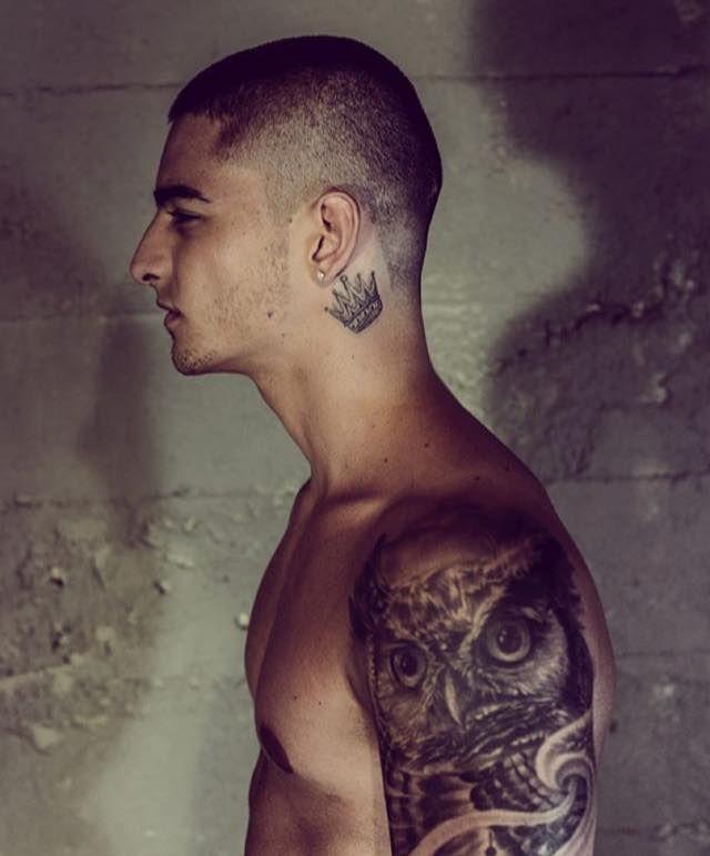 Pin De Saulix Sa En Maluma Pinterest Tattoos Feather Tattoos