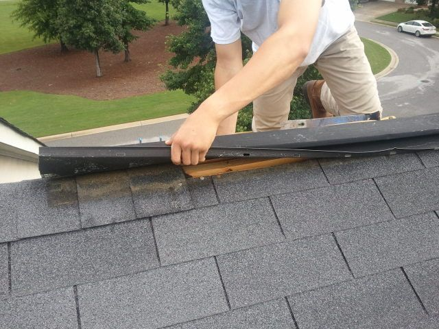Learn To Spot These Signs Of Roof Damage So You Can Get Any Problems Fixed Before They Cause Further Issues Homeownership Roofing Roof Shingle Repair Diy Home Repair Roofing Specialists