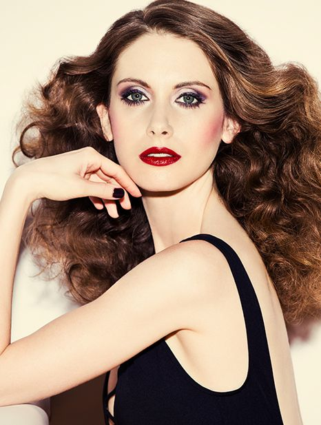 Exclusive Mad Men S Alison Brie Gets A 70s Makeover Disco Hair