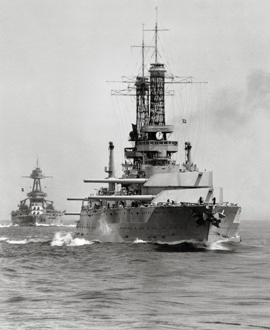 USS Idaho (BB-42) (foreground) and USS Texas (BB-35) steaming at the rear of the battle line, during Battle Fleet practice off the California coast, circa 1930 - BFD