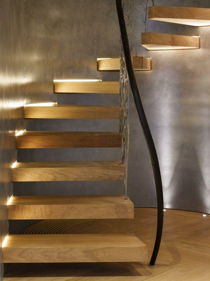 Fabulous freitragende Treppe mit integrierter Beleuchtung