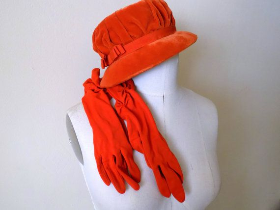 Ladies Vintage 1960s Lucielles Orange Velvet Cloche Hat with Matching Gloves Set