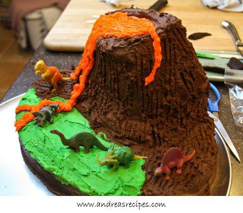 Volcanobirthdaycake7jpg 500437 3rd bday veron Pinterest