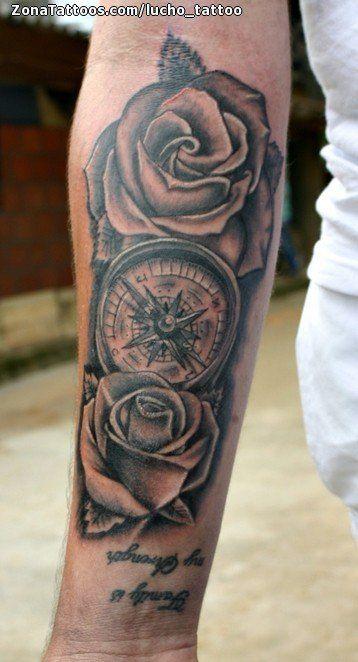 Tatuaje De Rosas Brujulas Antebrazo Zonatattoos Com Tatuaje Reloj Y Rosa Tatuajes De Rosas Tatuajes