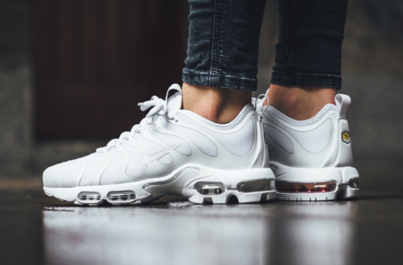 official photos 70ca8 7b125 The Cleanest Nike Air Max Plus TN Ultra Yet